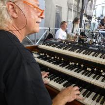 Henri & His Magnificent Organ - Hammond B3